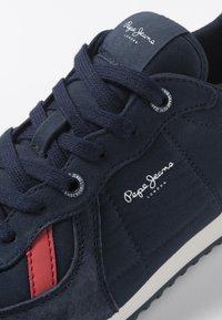 Pepe Jeans - Sneakersy niskie - navy blue - 5