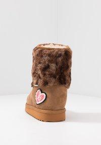 Pepe Jeans - LEOPARD - Kotníkové boty - tobacco - 4