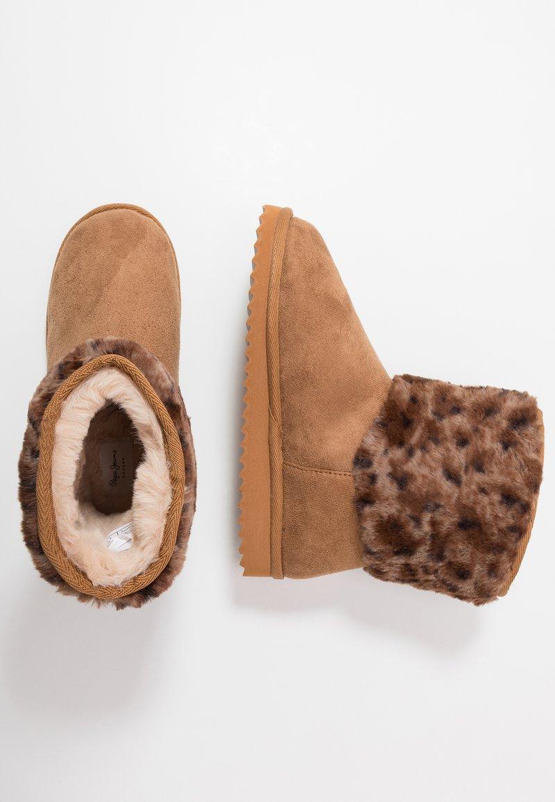 Pepe Jeans - LEOPARD - Kotníkové boty - tobacco