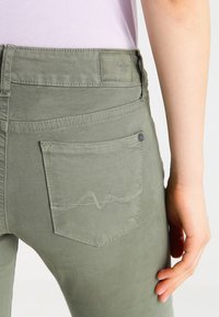 Pepe Jeans - SOHO - Jeans Skinny Fit - army - 4
