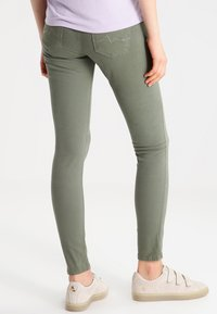 Pepe Jeans - SOHO - Jeans Skinny Fit - army - 2