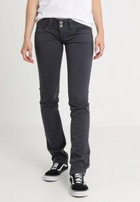 Pepe Jeans - VENUS - Tygbyxor - deep grey - 0