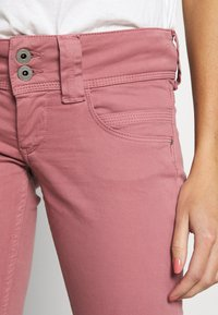 Pepe Jeans - VENUS - Trousers - washed pink - 5