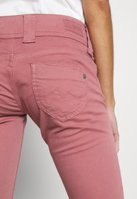 Pepe Jeans - VENUS - Trousers - washed pink - 3