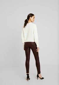 Pepe Jeans - PIXIE VIPER - Broek - burgundy - 2