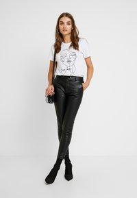 Pepe Jeans - SELMA - Tygbyxor - black - 2