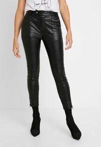 Pepe Jeans - SELMA - Tygbyxor - black - 0
