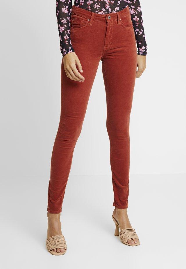 Pantalones - currant