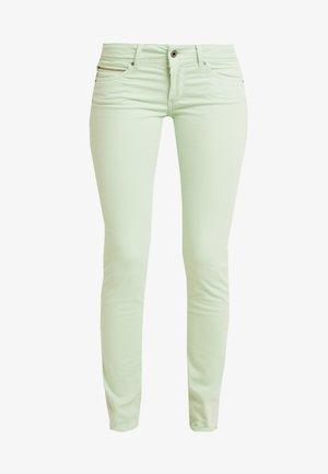 NEW BROOKE - Skinny džíny - light green