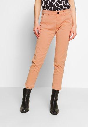 MAURA - Trousers - squash orange