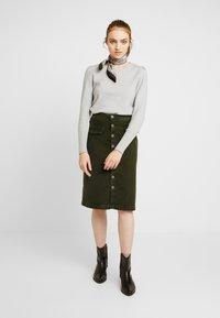 Pepe Jeans - SELENA - Blyantnederdel / pencil skirts - green - 1