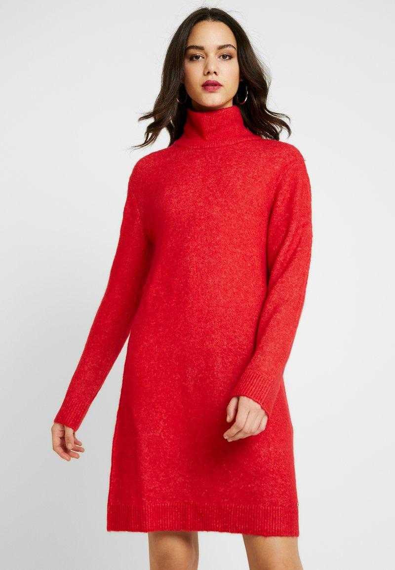 Pepe Jeans - WUCHER - Sukienka dzianinowa - lipstick red