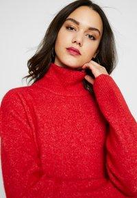 Pepe Jeans - WUCHER - Sukienka dzianinowa - lipstick red - 4