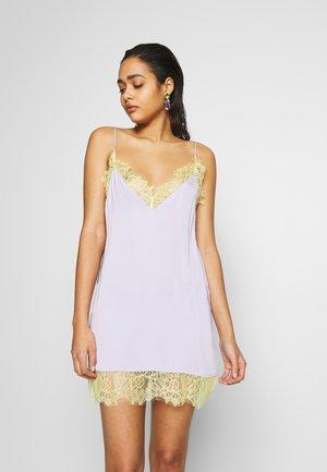 DUA LIPA X PEPE JEANS - Korte jurk - violet