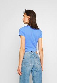 Pepe Jeans - VIRGINIA NEW - T-shirt z nadrukiem - ultra blue - 2