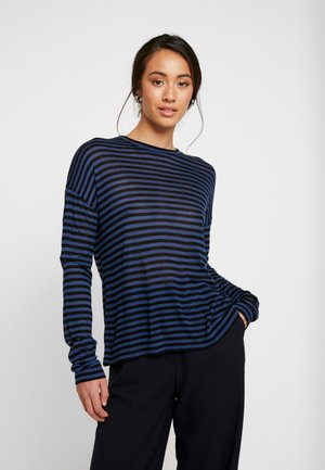 Long sleeved top - chatham blue