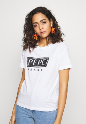 CHARIS - T-shirt z nadrukiem - optic white