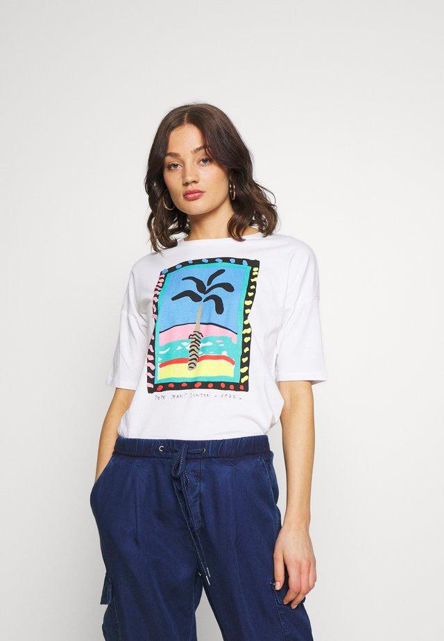 LALI - T-shirts med print - optic white