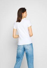 Pepe Jeans - BAMBIE - Print T-shirt - optic white - 2