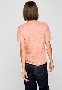 Pepe Jeans - CAMEO - Print T-shirt - ash rose - 2