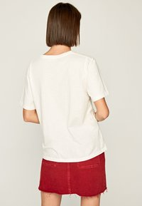 Pepe Jeans - Print T-shirt - off-white - 2