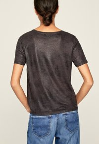 Pepe Jeans - LUA - Basic T-shirt - anthracite - 2