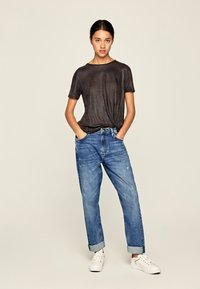 Pepe Jeans - LUA - Basic T-shirt - anthracite - 1