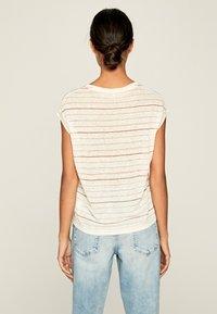 Pepe Jeans - LORENA - Print T-shirt - white - 2