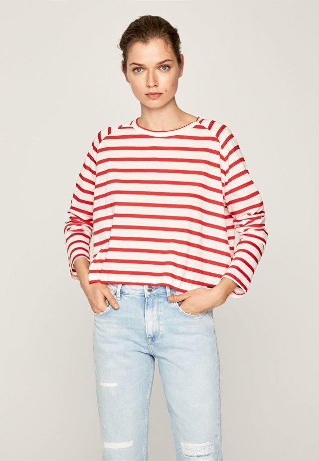 EVELYN - Camiseta de manga larga - rot erdbeere