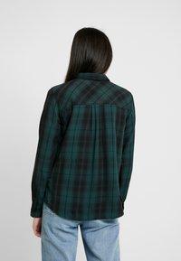 Pepe Jeans - ALEJANDRA - Overhemdblouse - forest green - 2