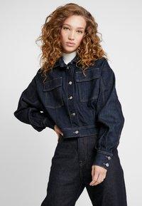Pepe Jeans - DUA LIPA X PEPE JEANS - Kurtka jeansowa - rinsed denim - 0