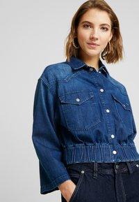 Pepe Jeans - CARLI - Kurtka jeansowa - denim - 3