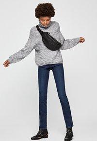 Pepe Jeans - CRYSTAL - Trui - light grey - 1