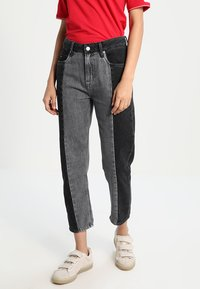 Pepe Jeans - PATCHY  MONOTONE - Relaxed fit jeans - denim - 0