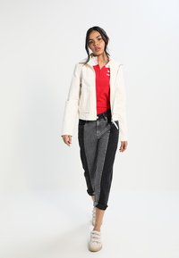 Pepe Jeans - PATCHY  MONOTONE - Relaxed fit jeans - denim - 1