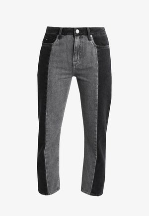 PATCHY  MONOTONE - Jeansy Relaxed Fit - denim