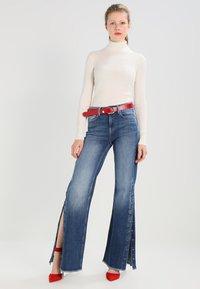 Pepe Jeans - MAXA - Flared Jeans - stone- blue - 2