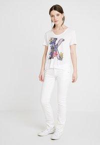 Pepe Jeans - TRU BLU SATURN - Jeans straight leg - 000denim - 1