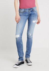 Pepe Jeans - LADIES EDITION PANT - Jeans slim fit - destroyed denim - 0