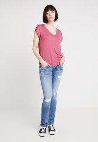 Pepe Jeans - LADIES EDITION PANT - Jeans slim fit - destroyed denim - 1