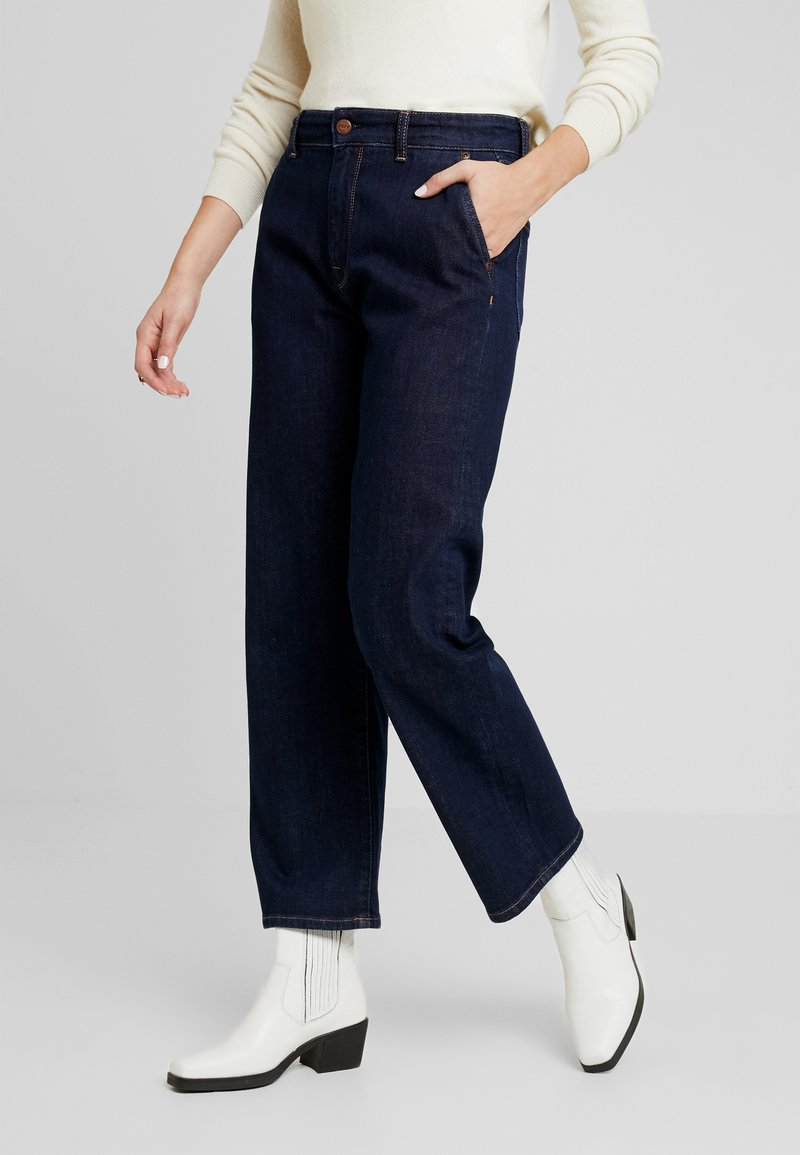 Pepe Jeans - IVORY - Flared Jeans - denim archive rinsed