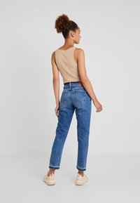 Pepe Jeans - MARY REVIVE - Džíny Relaxed Fit - denim 110z archive mid blue - 2