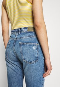 Pepe Jeans - VIOLET - Jeansy Relaxed Fit - destroyed denim - 5
