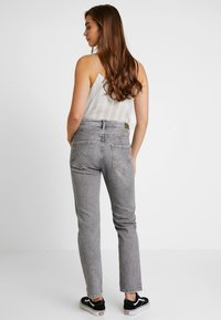 Pepe Jeans - HAZEL - Relaxed fit jeans - denim grey wiser wash - 2