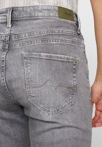 Pepe Jeans - HAZEL - Relaxed fit jeans - denim grey wiser wash - 5