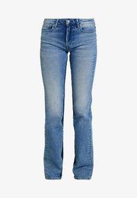 Pepe Jeans - AUBREY CONTRAST - Flared Jeans - stone blue denim - 3