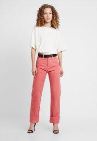Pepe Jeans - DUA LIPA X PEPE JEANS - Straight leg jeans - pink - 1