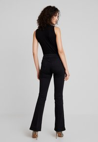 Pepe Jeans - NEW PIMLICO - Flared Jeans - black - 2
