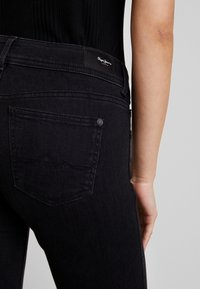 Pepe Jeans - NEW PIMLICO - Flared Jeans - black - 3