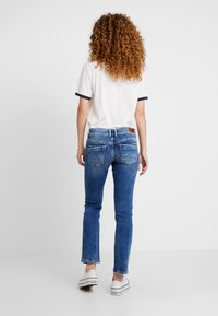 Pepe Jeans - HOLLY - Jeans straight leg - light used - 2